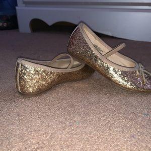 Kids Gap gold glitter dress shoes/mary janes
